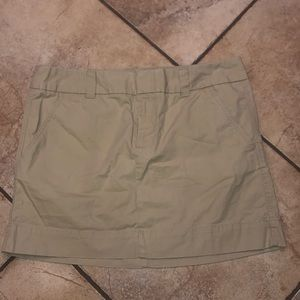 Gap favorite chino mini skirt size 12